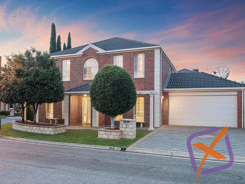 7 Eyre Court, Mawson Lakes