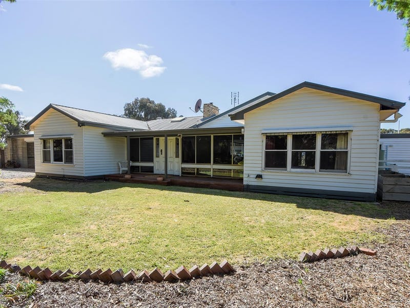 6 Gregory Court, Horsham, Vic 3400