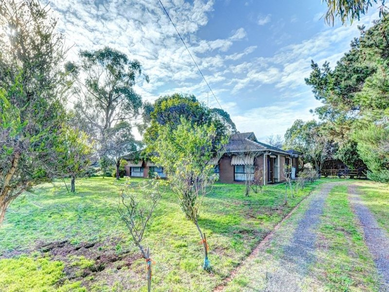 6370 Midland Highway, Clarendon, Vic 3352