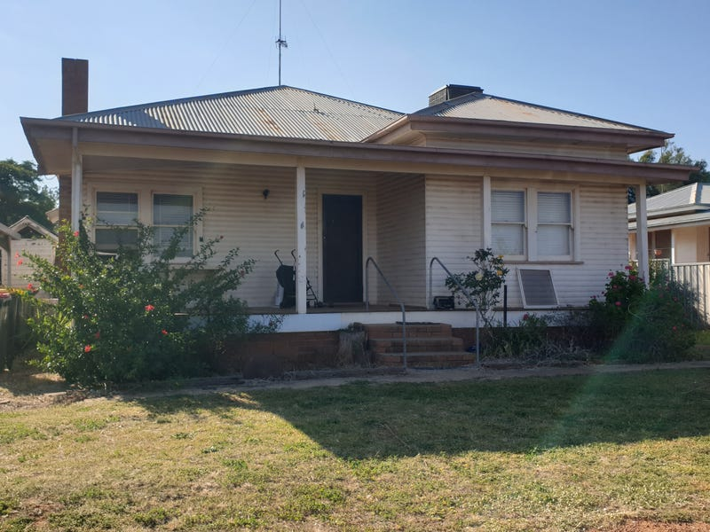 23 Derribong Street, Peak Hill, NSW 2869
