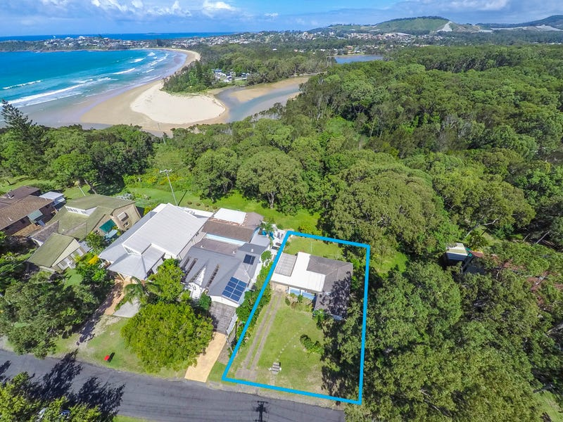 34 Lakeview Ave, Safety Beach, NSW 2456