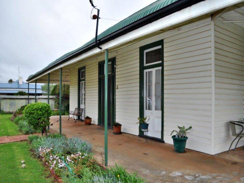 9 Goan Street, Trangie, NSW 2823