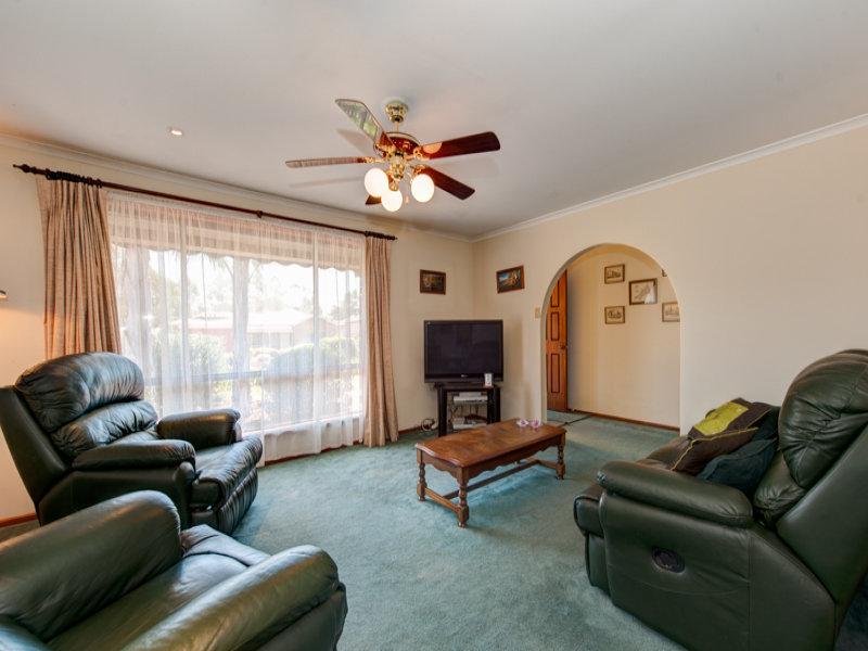 17 Stanley Street, Hillbank, SA 5112