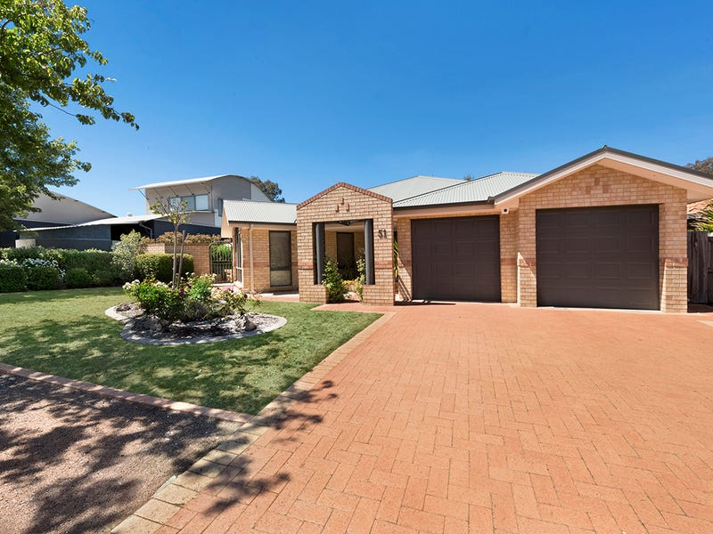 51 Firethorn Place, Jerrabomberra, NSW 2619