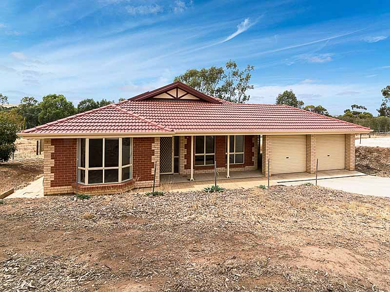 11 Young Road (via Renfrey Road), Kanmantoo, SA 5252