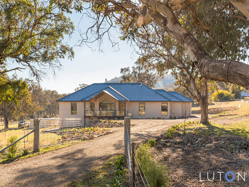 12 Staunton Place, Googong, NSW 2620