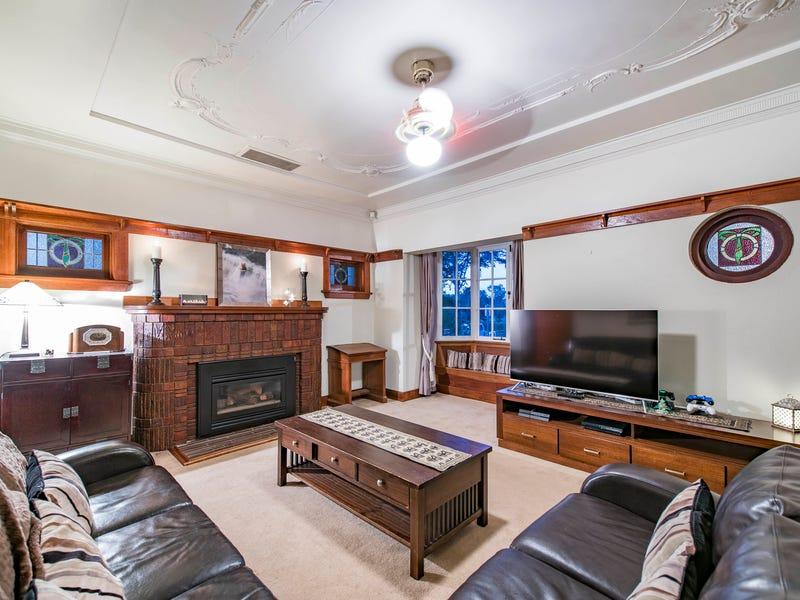 11 Isabella Street, Queanbeyan, NSW 2620