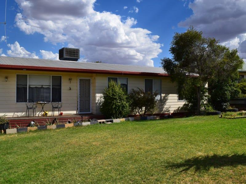 7 Werona Place, Parkes, NSW 2870