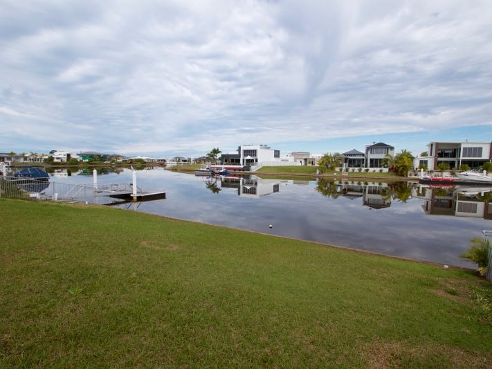 2 Lake Vista Lane, Pelican Waters, Qld 4551
