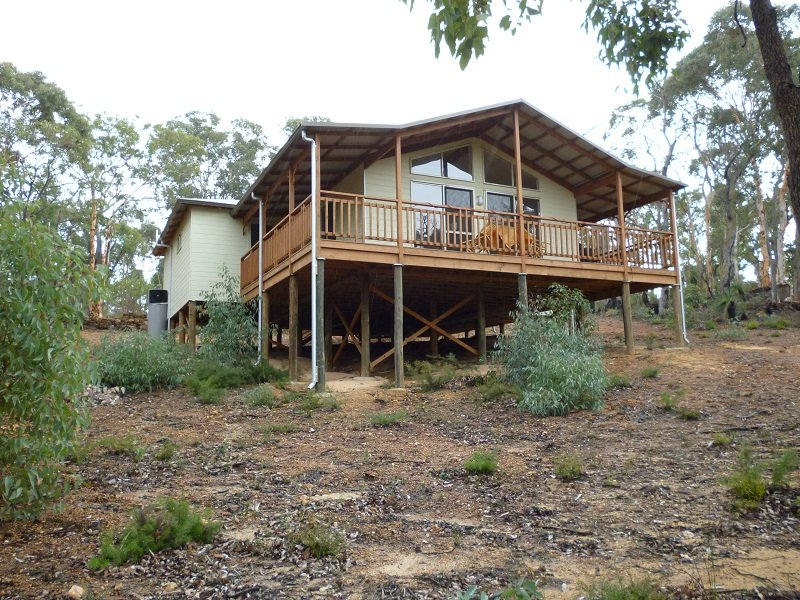 21 Robin Grove, Bindoon, WA 6502