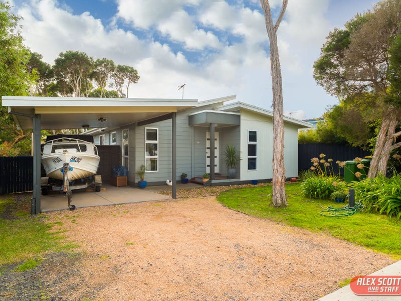 60 CHURCHILL DRIVE, Cowes, Vic 3922