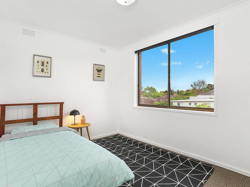 9/74-76 Thames Street, Box Hill North, Vic 3129
