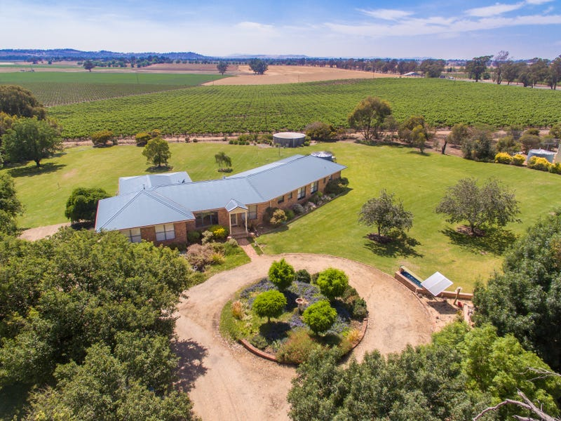 656 Lachlan Valley Way, Cowra, NSW 2794