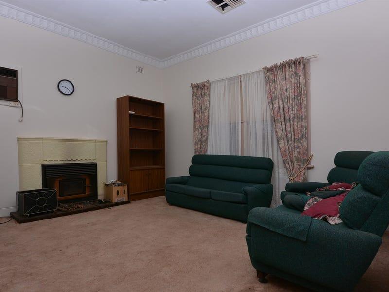 11 Nicolson Avenue, Whyalla Playford, SA 5600