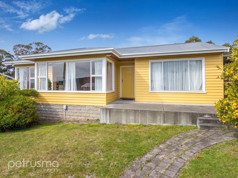 15 Kingston Heights, Kingston Beach, Tas 7050
