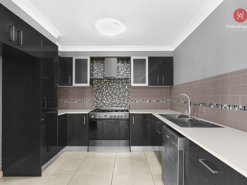 13 Blackburn Avenue, West Hoxton, NSW 2171