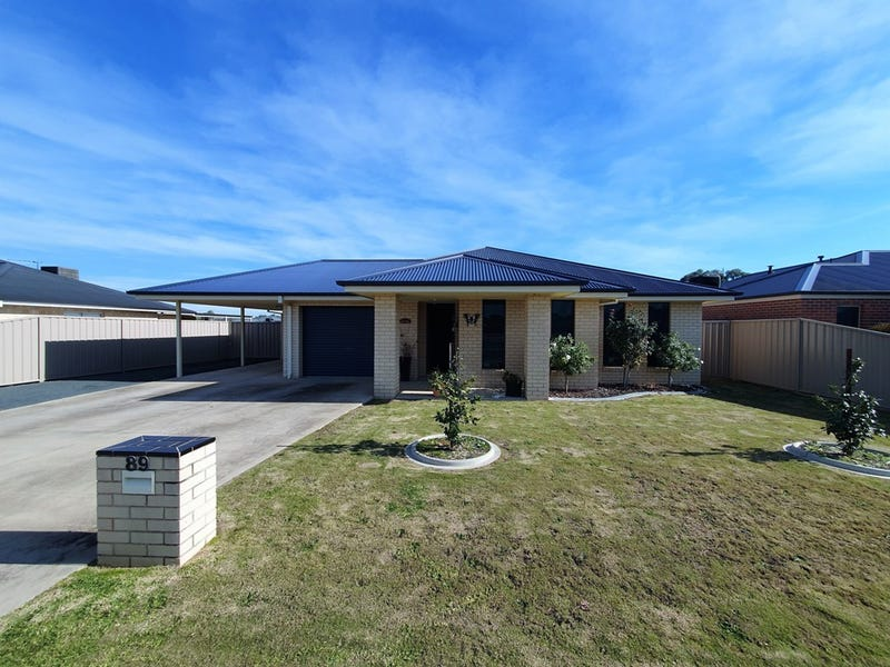89 Read Street, Howlong, NSW 2643