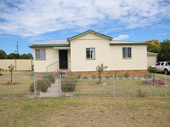 54 Symes Street, Stanthorpe, Qld 4380