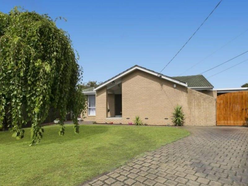 14 Farrer Close, Cranbourne, Vic 3977