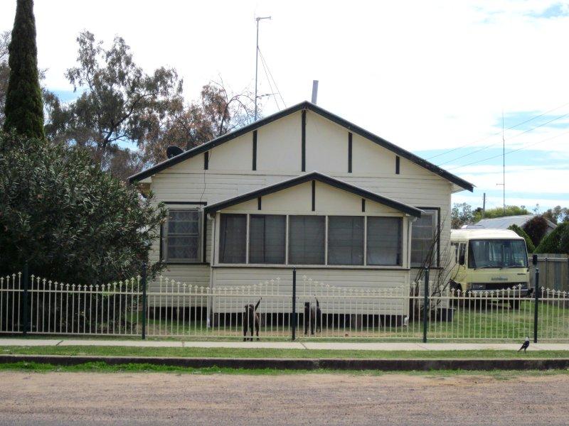 133 Rose Street, Wee Waa, NSW 2388
