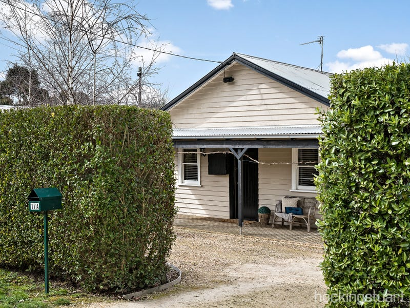 17A Church Avenue, Hepburn Springs, Vic 3461