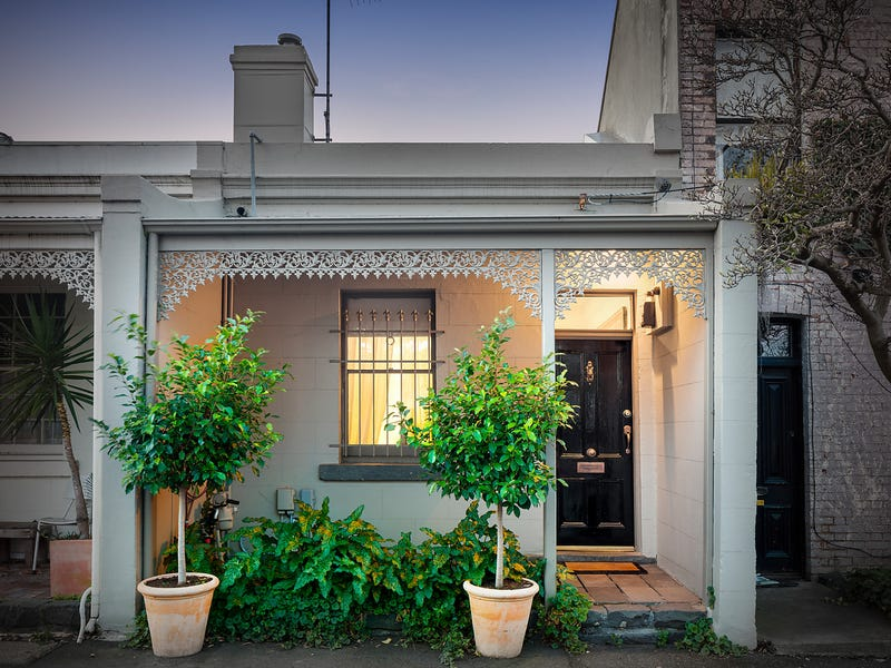 18 MacArthur Place North, Carlton, Vic 3053