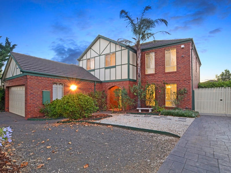 83 Royal Crescent, Hillside, Vic 3037