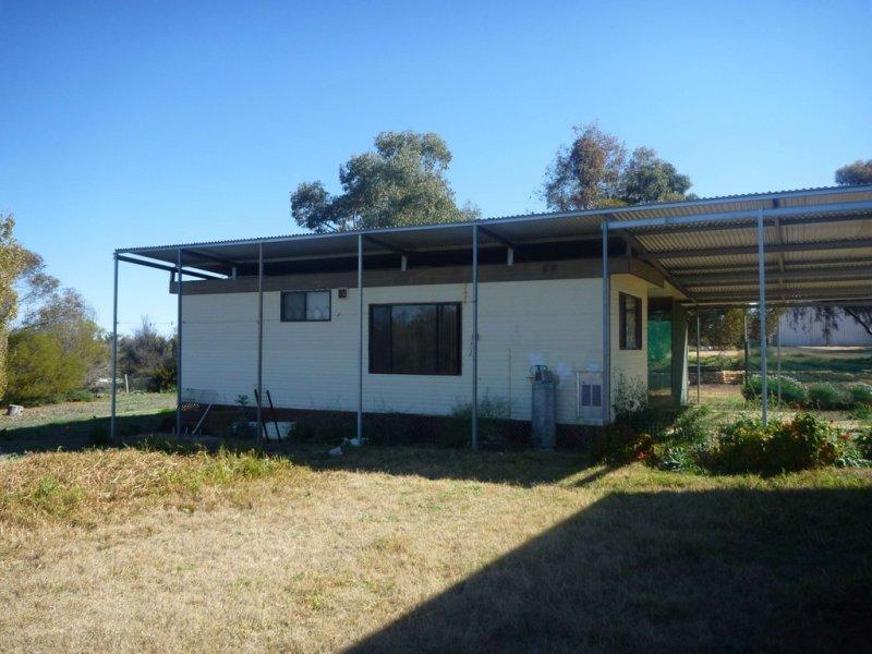 9 Mallara Street, Pooncarie, NSW 2648