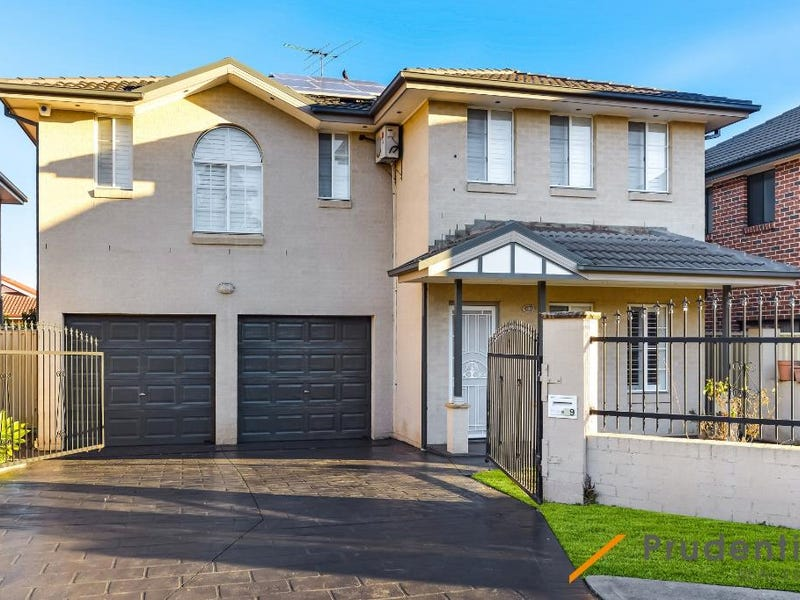 39 Thistle Circuit, Green Valley, NSW 2168