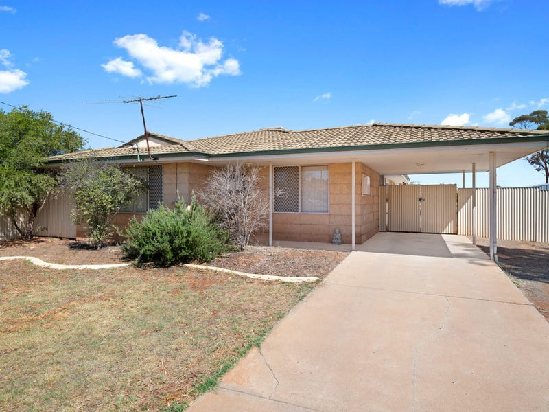 14 Talmalmo Place, South Kalgoorlie, WA 6430