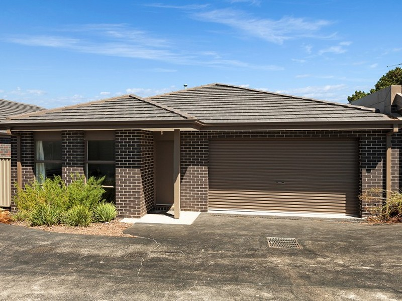Unit 10/43 Darraweit Road, Wallan, Vic 3756