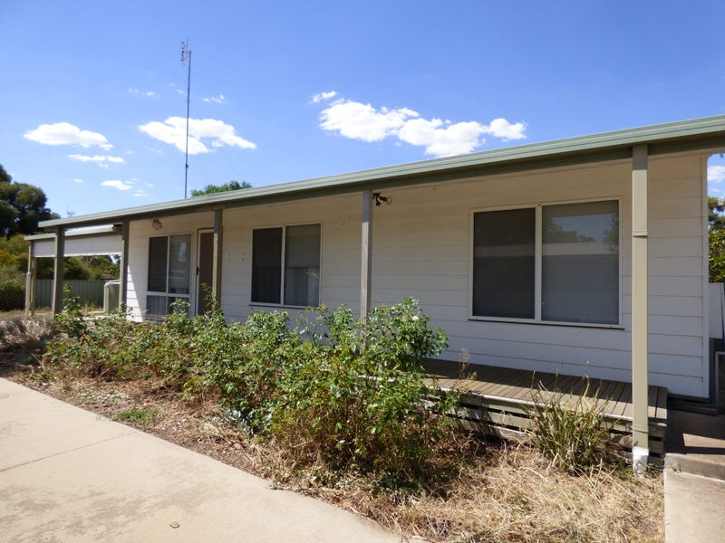 9 Dequiros Street, Wakool, NSW 2710