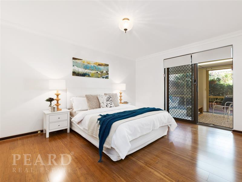 4/21 Elsie Street, Watermans Bay, WA 6020