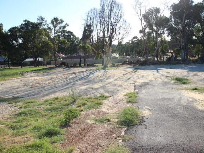13 Barrington Knight Road, Yarloop, WA 6218