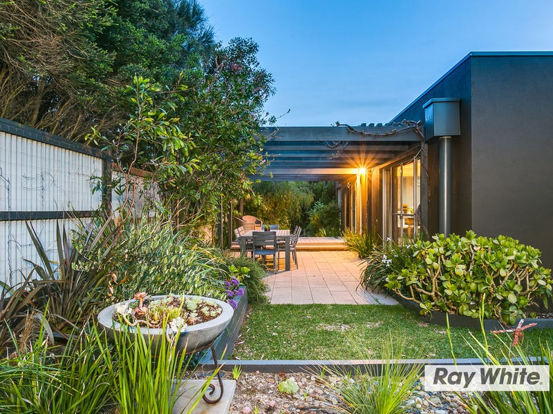 1 Nero Avenue, St Andrews Beach, Vic 3941