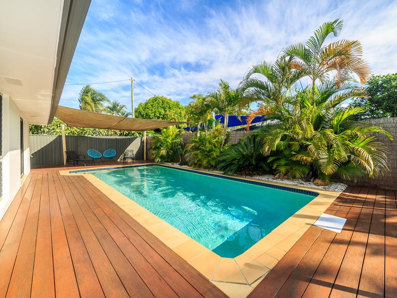 93 Allambi Avenue, Broadbeach Waters, Qld 4218