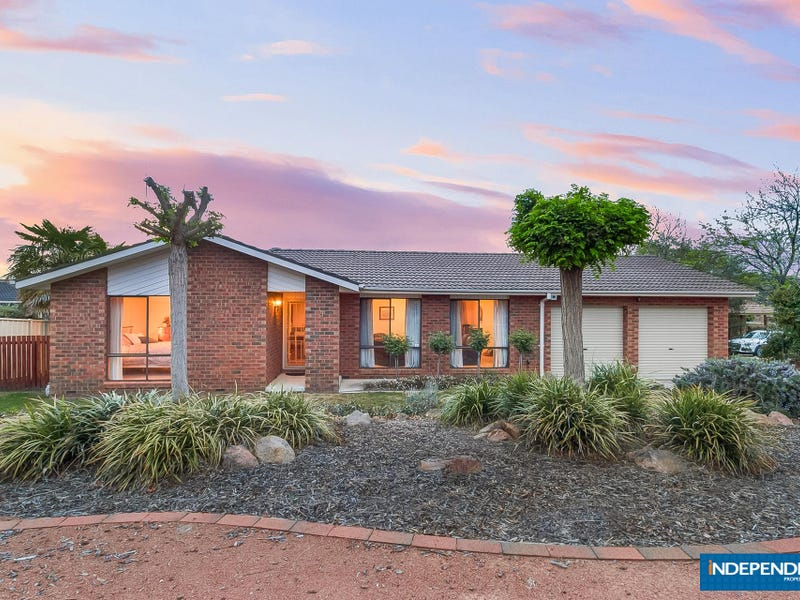 9 Willoughby Crescent, Gilmore, ACT 2905