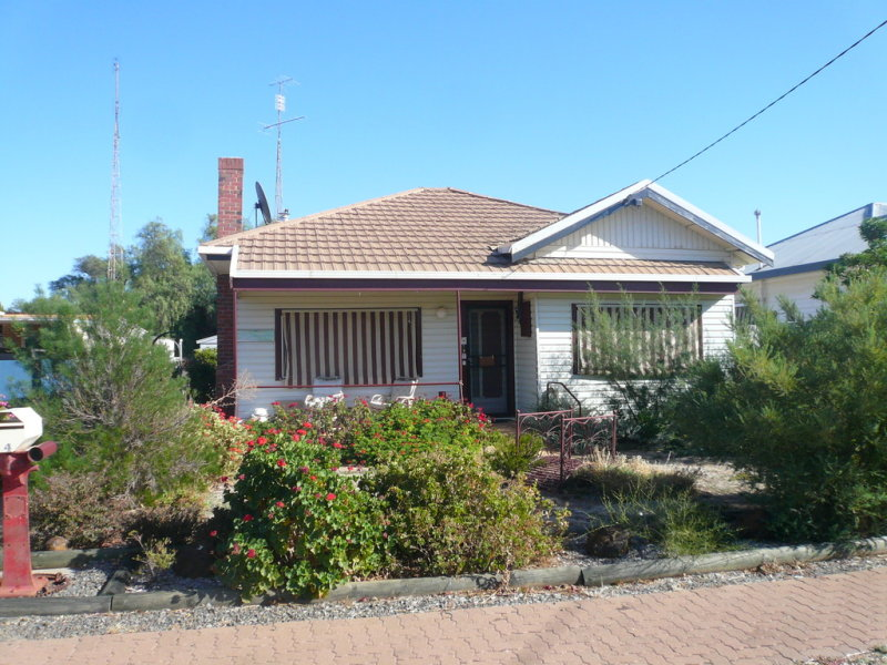 44 Phillips Street, Beulah, Vic 3395