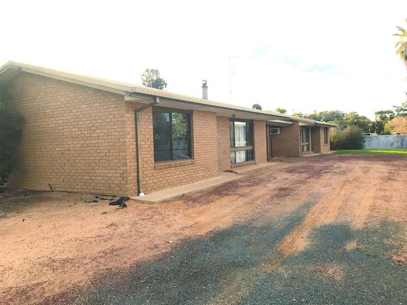 1-2/345 Moama Street, Hay, NSW 2711