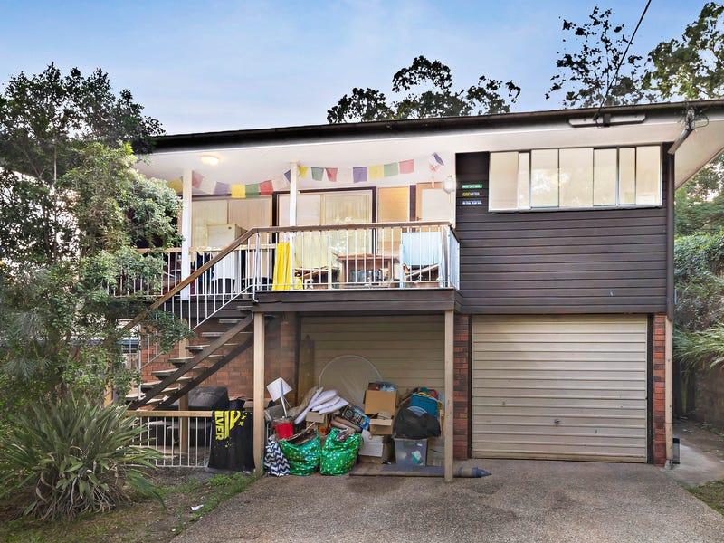 7 Camden Court, Arana Hills, Qld 4054