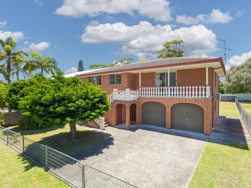 82 Smith Street, Broulee, NSW 2537
