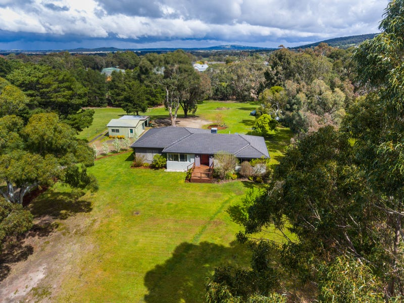 125 Sandy Creek Road, Riddells Creek, Vic 3431