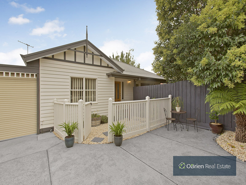 2A Follett Road, Cheltenham, Vic 3192