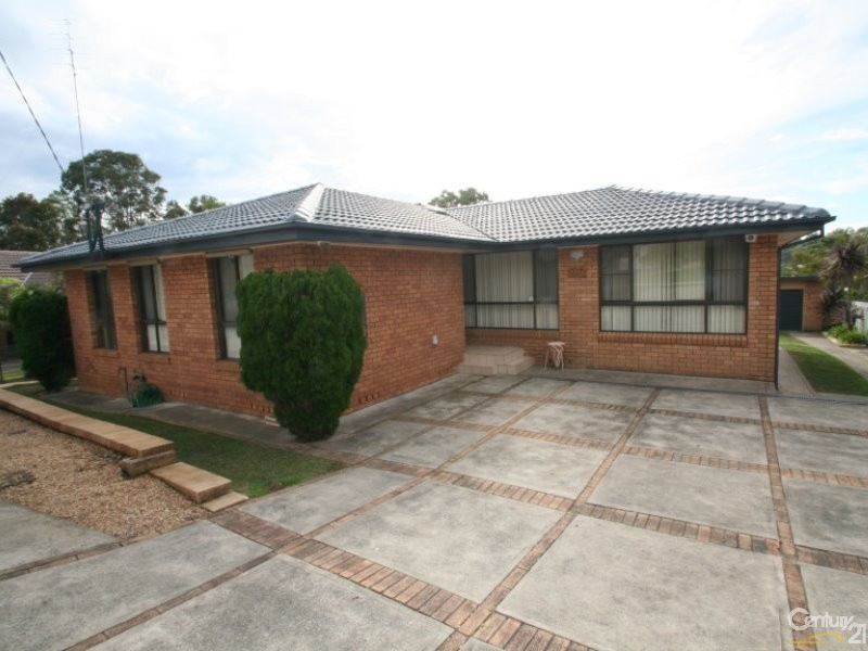 17 Southampton Avenue, Buttaba, NSW 2283