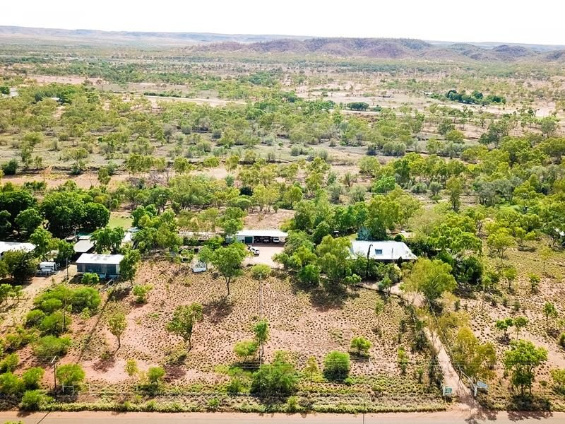 132-138 Old Mica Creek Rd, Mica Creek, Qld 4825