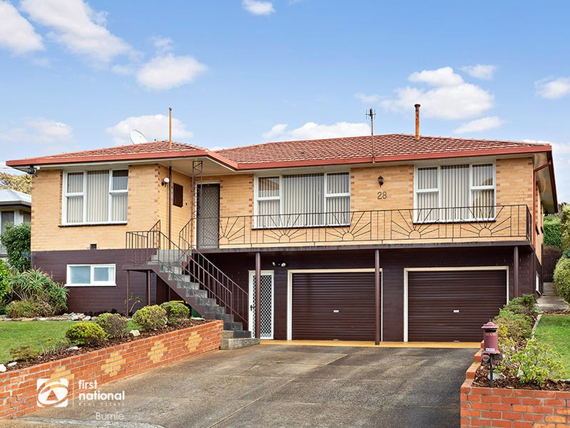 28 Bathurst Street, Upper Burnie, Tas 7320