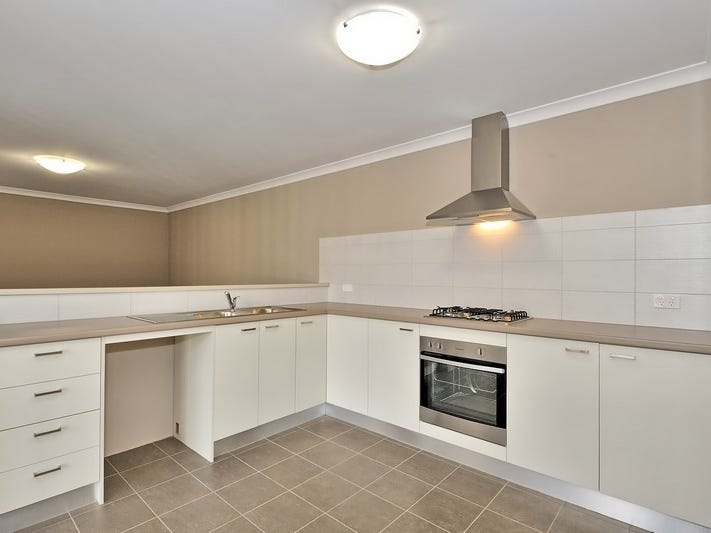 3/4 Balfour Road, Swan View, WA 6056
