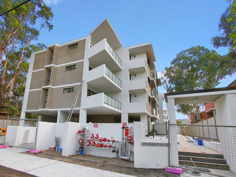 232 Targo Road, Toongabbie, NSW 2146