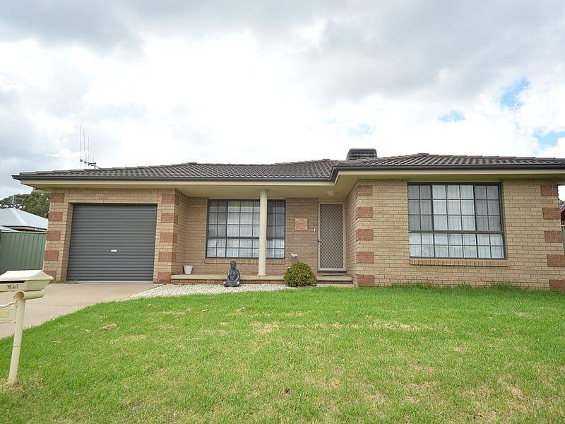 10 Clancy Place, Parkes, NSW 2870
