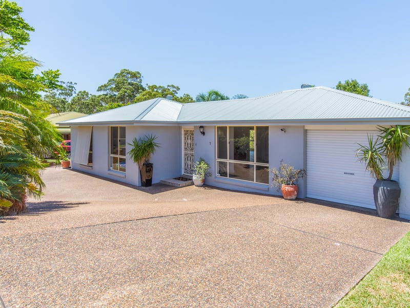 7 Roscrea Crescent, Mount Hutton, NSW 2290